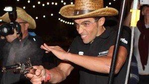 Contador hizo prácticas de tiro en Tucson, Arizona