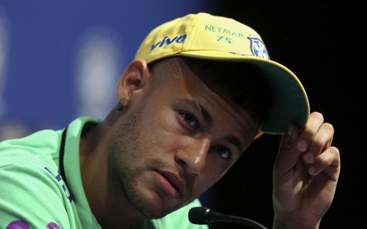 Neymar y Dunga, afectados por el fallecimiento de Johan