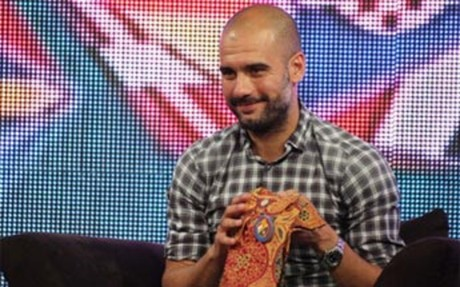 Guardiola sigue en Indonesia