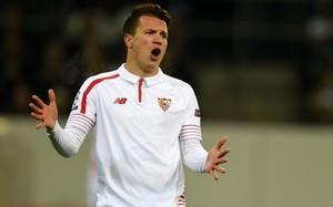 Konoplyanka se ha quedado en Sevilla para tratar su lesión