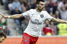 Javier Pastore celebrando uno de sus goles al Niza