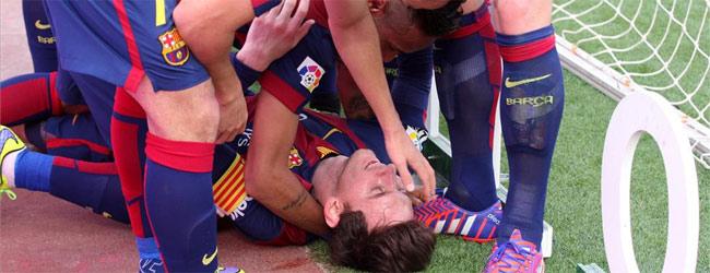 El Bar�a suda sangre en el Camp Nou