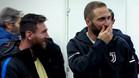¿Qué se decían Messi, Higuaín y Dybala en la foto viral?