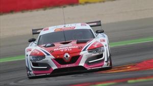 El Renault RS01 pilotado por Smet, Vicinanza y el español Cosin