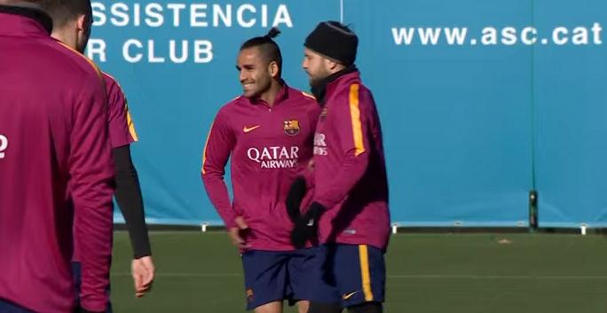 Jordi Alba, Sandro y Douglas, fuera de la lista para jugar el derbi