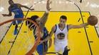Oklahoma trat� de frenar sin �xito a Curry, que fue un cicl�n anotador en el tercer cuarto
