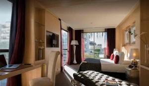 Una de las habitaciones del hotel