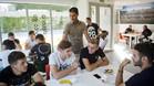 Gerard López se reunió con muchos de los jugadores que tendrá a sus órdenes en el Barça B esta temporada