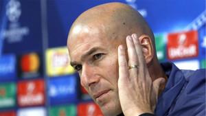Zinedine Zidane, entrenador del Real Madrid, durante una rueda de prensa