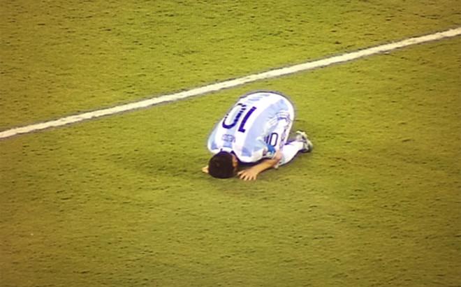 El f�tbol volvi� a ser cruel con Leo Messi