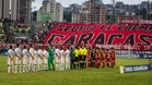 Jugadores de Caracas FC y Cerro Porteño realizaron un acto fuera del protocolo, además del minuto de silencio