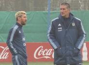 Messi y Bauza durante el entrenamiento