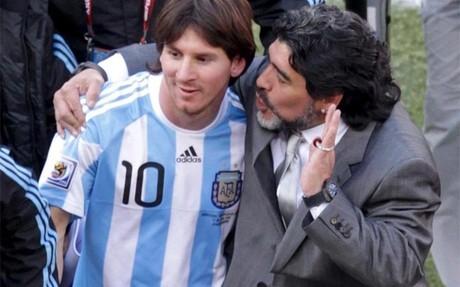 sport ماردونا تحقق الارجنتين العالم