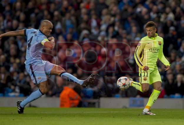 صور : مباراة مانشستر سيتي - برشلونة 1-2 ( 24-02-2015 )  1424816321160