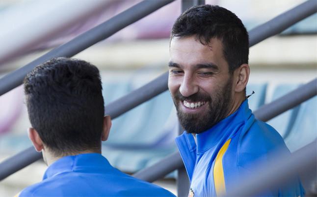 Turqu�a espera el debut de Turan con el FC Barcelona