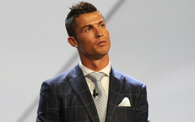 Cristiano Ronaldo se molest� con Gerard Piqu�