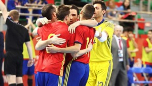 España se dio un festín ante una débil Moldavia