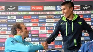 Nairo Quintana con Michele Scarponi en la presentación del Giro 2014