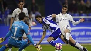El Madrid tuvo un partido plácido en Riazor