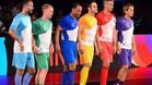 Giggs, Scholes, Cafu, Falcano, Crespo y M�chel Salgado, antes de la final de la Indian Premier Futsal