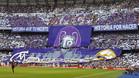 La grada de animación del Bernabéu, barra libre para el insulto