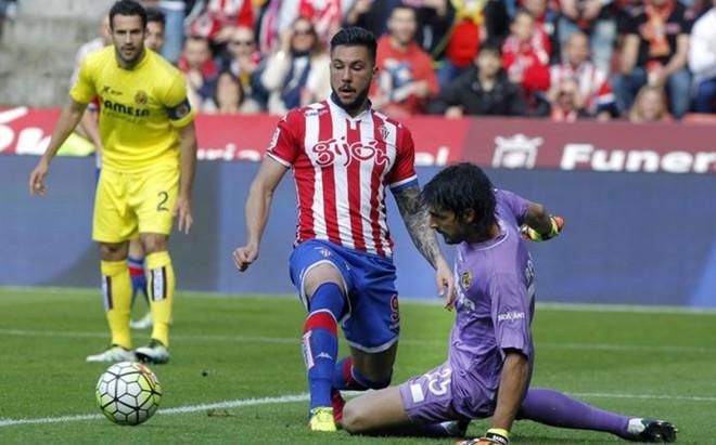 Miguel �ngel Guerrero, en un partido de la �ltima temporada con el Sporting