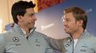 Nico Rosberg junto a Toto Wolff, a quien ya había comunicado su decisión antes de anunciarla en Viena
