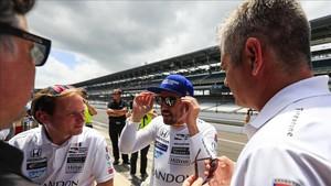 Alonso reconoció que se está divirtiendo en su experiencia en la Indy 500