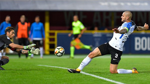 El gol de Icardi propició que el Inter siga invicto