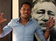 Adriano ya es oficialmente jugador del Besiktas turco