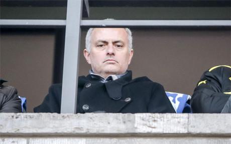 Mourinho dice que regresar� a los banquillos