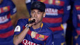 Neymar confirms he is staying at Bar�a