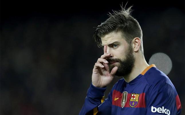 Piqu� deja retratado a un aficionado del Espanyol