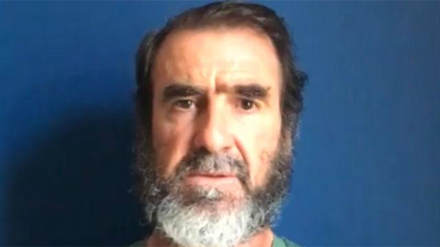 Cantona protagonizó un emotivo discurso tras el atentado de Manchester