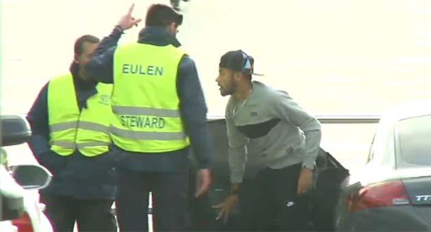 Neymar lleg� tarde al entrenamiento del Bar�a