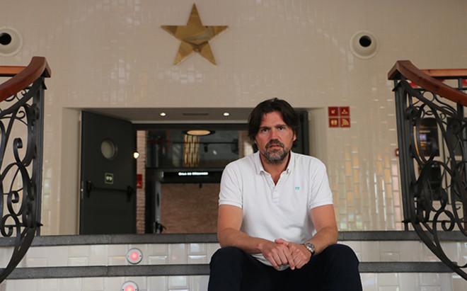 Roger Garc�a Junyent ser� el nuevo entrenador del Juvenil A de la Damm en sustituci�n de Crist�bal Parralo