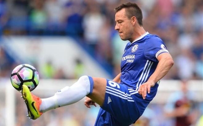Terry solo piensa en el Chelsea. Su tiempo en la selecci�n ya ha pasado