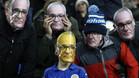 Algunos aficionados lucieron caretas con el rostro de Ranieri