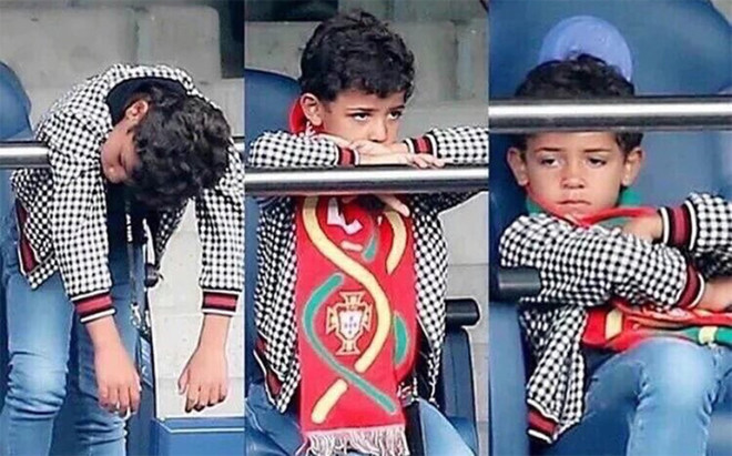El hijo de Ronaldo desesperado en el choque de octavos