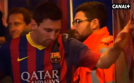 Leo Messi en el t�nel de vestuarios del Camp Nou antes del Bar�a-Athletic Club