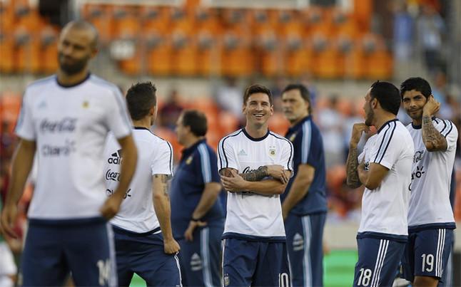 messi fue suplente ante bolivia solo entro recta final del partido 1441439846994 1441451981011