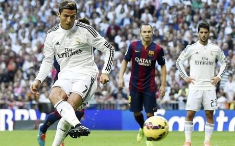 Uno de los penaltis en contra del Bar�a esta campa�a fue ante el Real Madrid... y lo marc� Cristiano Ronaldo