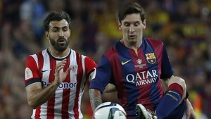 Balenziaga se pegó a Messi en la final de Copa de 2015