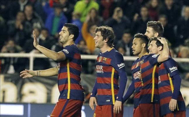 El Barça arrasa al Rayo