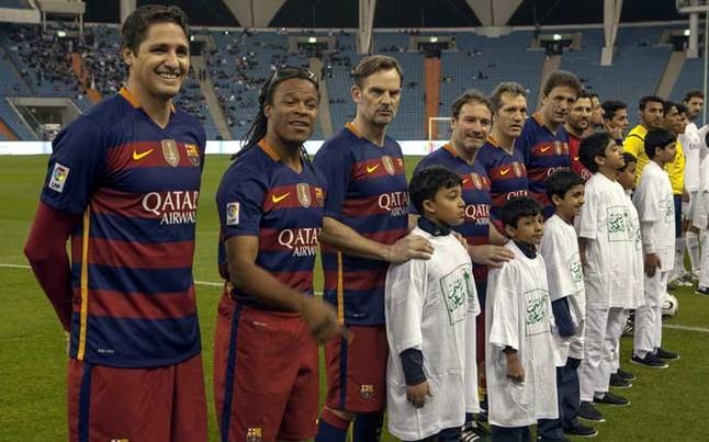 El FCB Legends golea al Real Madrid en el cl�sico de Riad