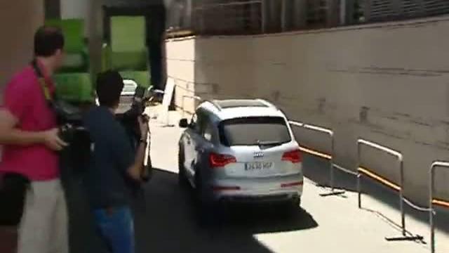 Mourinho le abre la puerta a kak f tbol sport for Puerta 23 bernabeu
