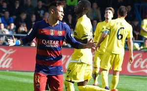 Neymar celebra su gol ante el Villarreal