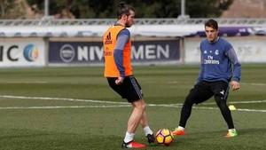 Gareth Bale participó en el entrenamiento