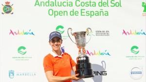 Azahara Muñoz, feliz con su segundo Open de España consecutivo