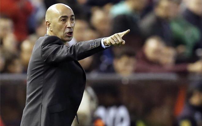 El Valencia confirma la continuidad de Ayestar�n.